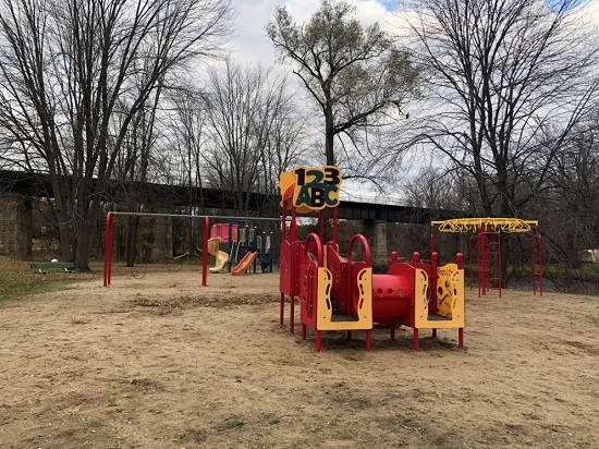 Yarker Riverside Park playground